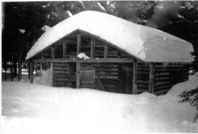 cabin-1900s